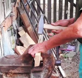 Assembling wood without glue
