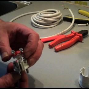Mounting a plug